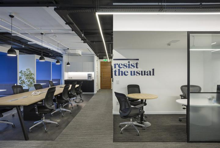 简约时尚的传媒公司办公室装修方案