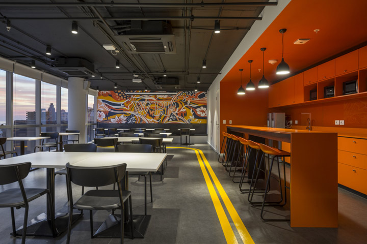 简约时尚的1000平创意传媒公司办公室装修设计方案