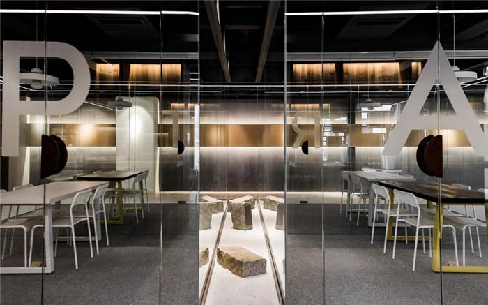 冷酷工业风帕特国际艺术留学教育机构办公室装修设计方案