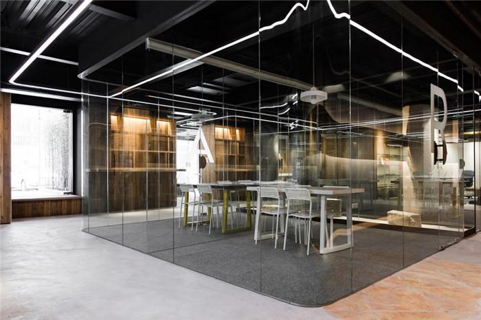 冷酷工业风帕特国际艺术留学教育机构办公室装修设计案例