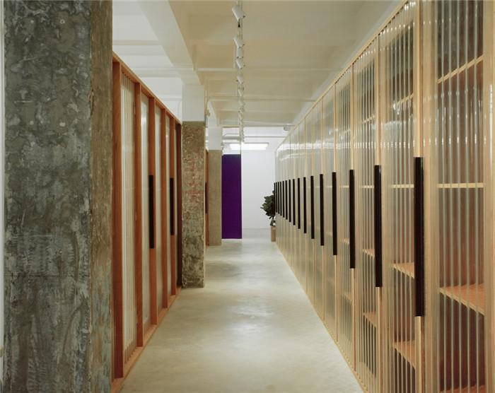 现代简约风办公室装修设计实景图