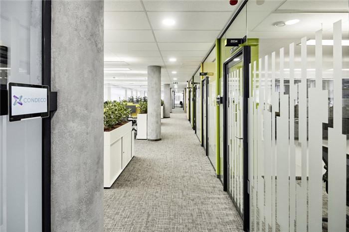 通透的会计事务所办公室装修设计图