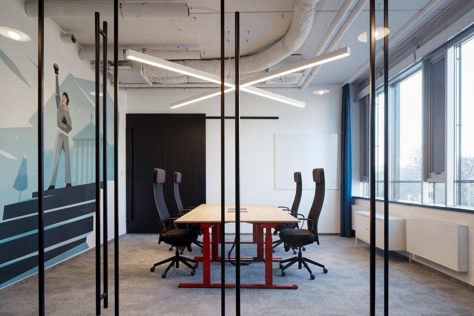国外IT公司工业风办公室装修设计方案