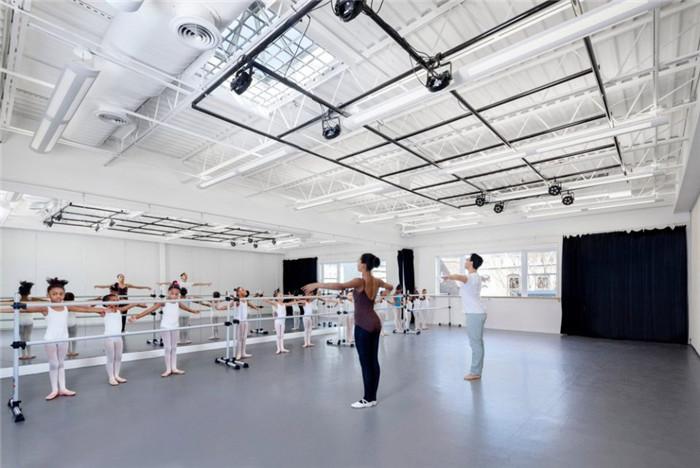 舞蹈教室装修实景图