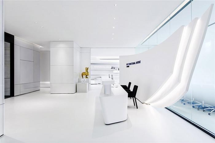 科技感与艺术感兼具的时尚it公司办公室装修设计方案