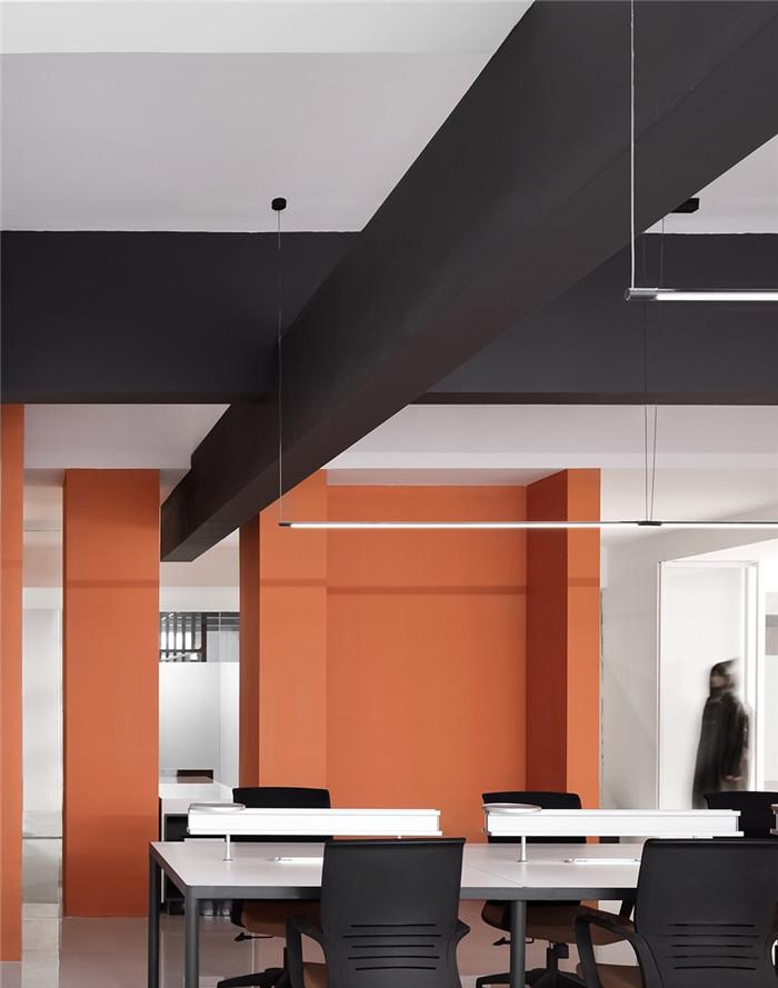 阿里巴巴办公室敞开办公区装修设计图