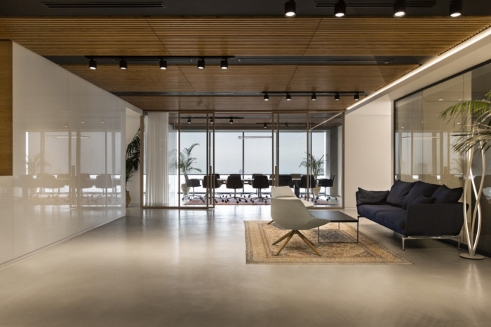 开放与私密  清新宽敞的国外律师事务所办公室装修设计方案